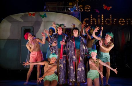 "Emma Rice brings ""Wise Children"" to Manchester."